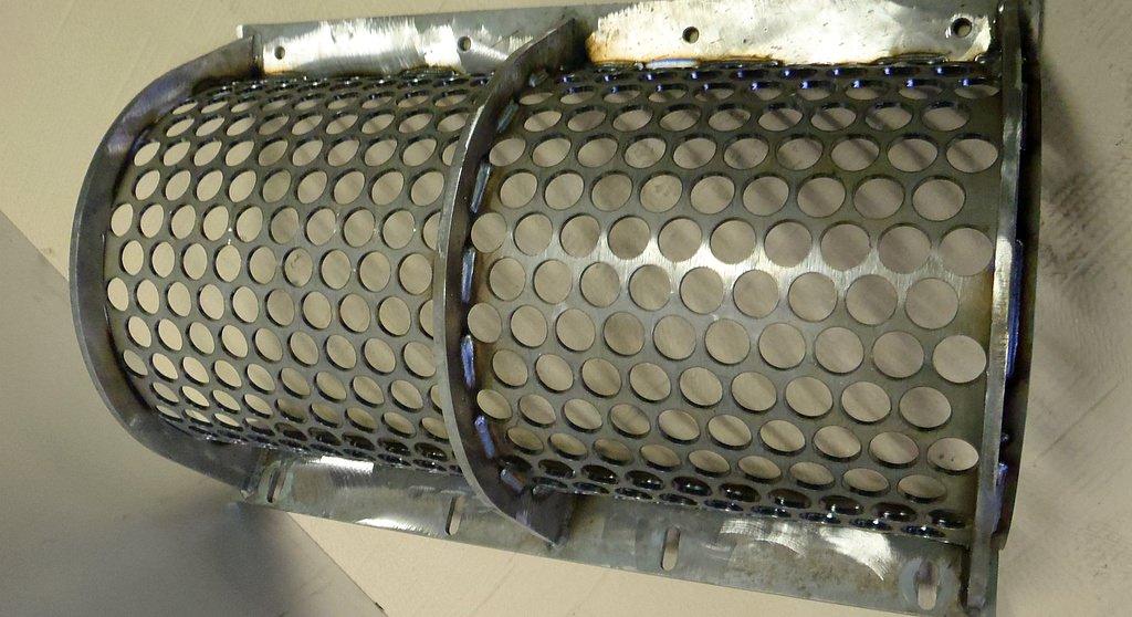 filigran und mechanisch präzise, wenn auch aus grobem Material